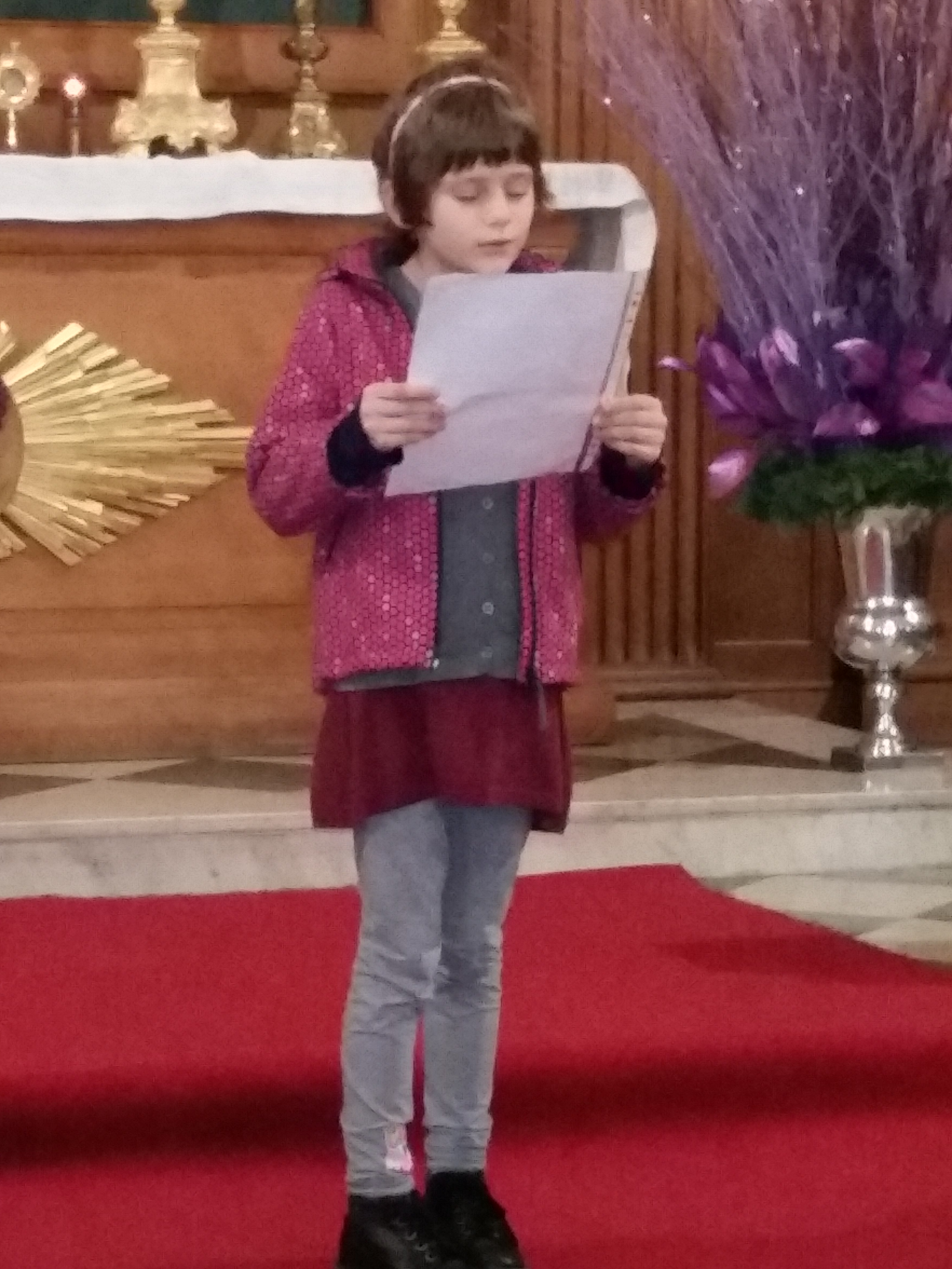Little Marija attends the Slovene school in London. She did the first reading.